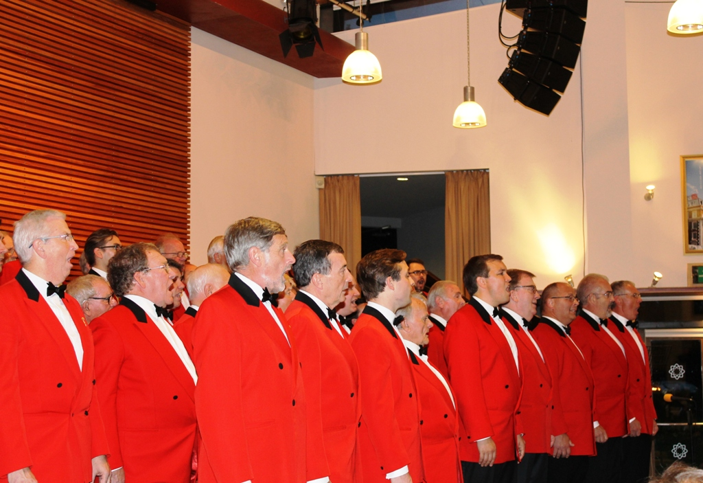 London Welsh Male Voice Choir at Taplow Court for Elizabeth House - IMG 5945