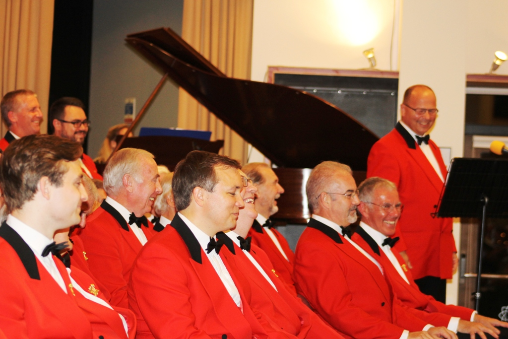 London Welsh Male Voice Choir at Taplow Court for Elizabeth House - IMG 5960(1)