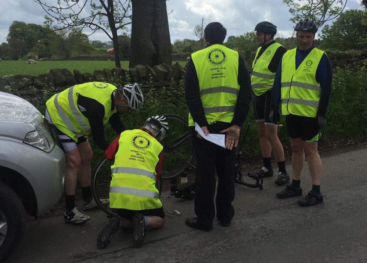 Kirkham Rotary coast to coast ride 2016 - At the same time of Andy's mechanical Dave Clarke suffers a puncture.