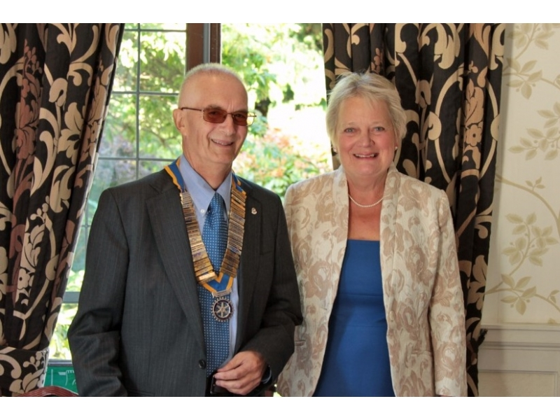 HANDOVER EVENING AT THE CROWN - President Philip and his wife Fiona join us in the Dining Room.