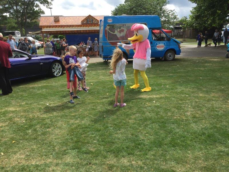 OUR SUMMER FAYRE AND DUCK RACE 2018 - IMG 7453(1)