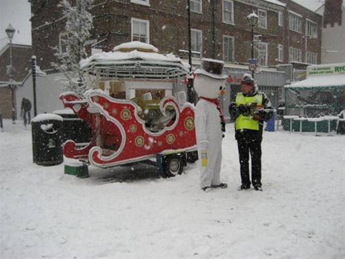 Xmas Street Collection - Saturday, 18th December 2010 - Alex Forrester with Frosty the Snowman