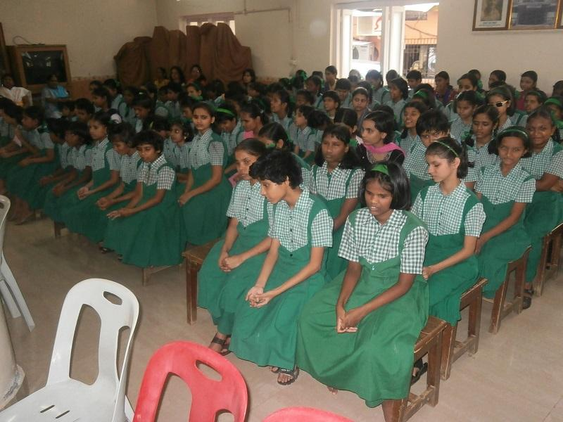 Indian School Project 2015 - Pupils from Kamla Mehta Dadar School for the Blind School
