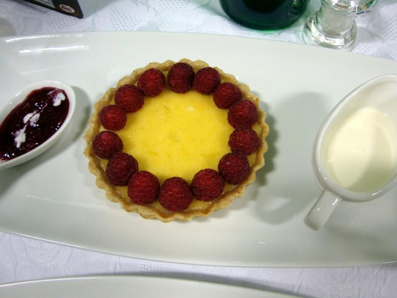 Fleet Young Chef wins Rotary National competition in Abingdon - 21 April 2012 - Isabelle's pud