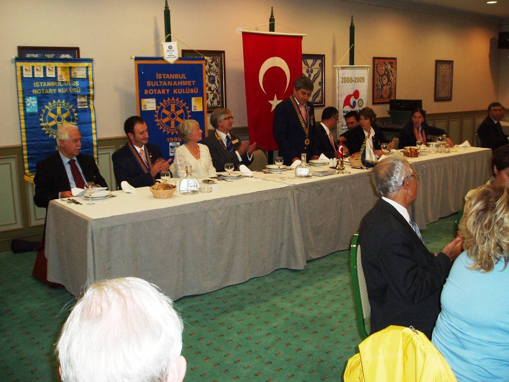 Istanbul Cultural Visit - The President of the Sultanahmet Rotary Club speaking
