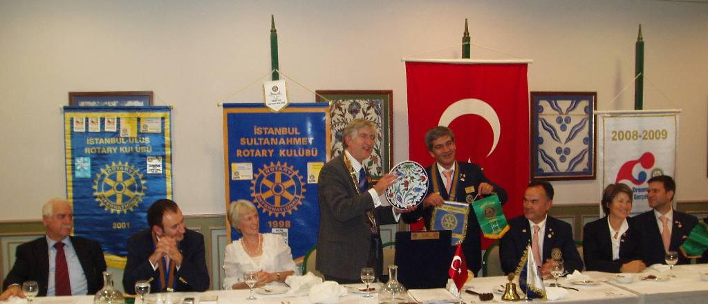 Istanbul Cultural Visit - Rex with commemorative plate