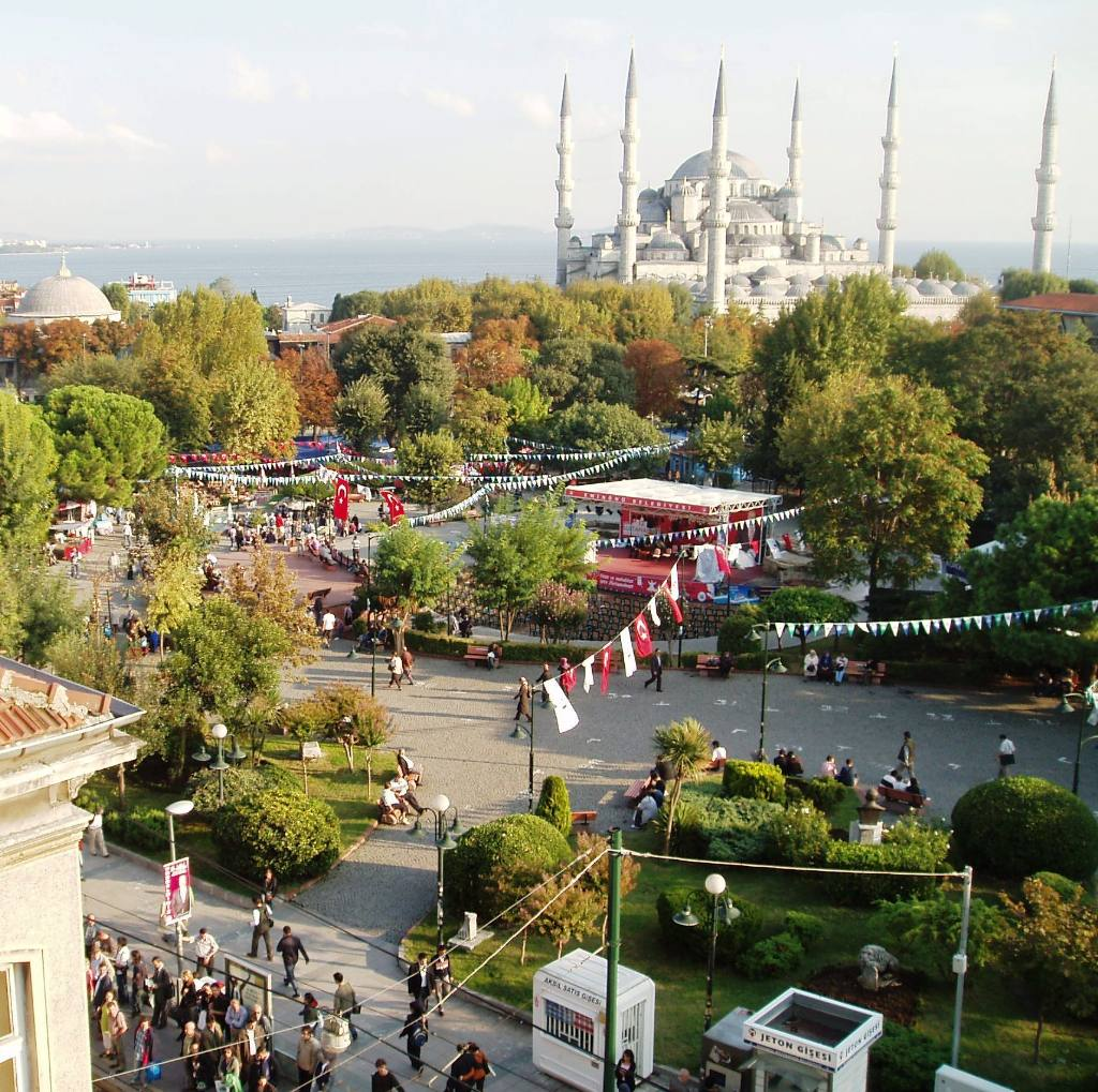Istanbul Cultural Visit - The square in front of the blue Mosque