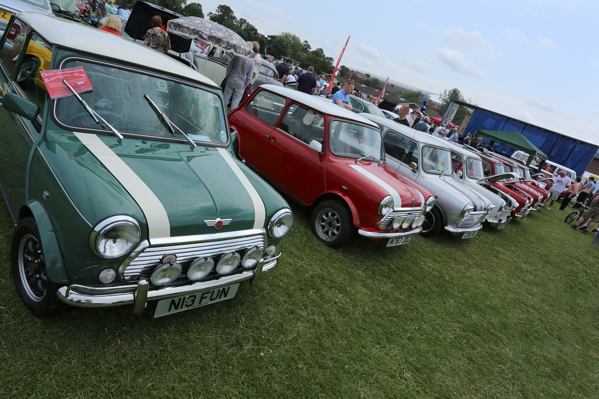 Doncaster Classic Car and Bike Show 2017 - Its a Mini Thing
