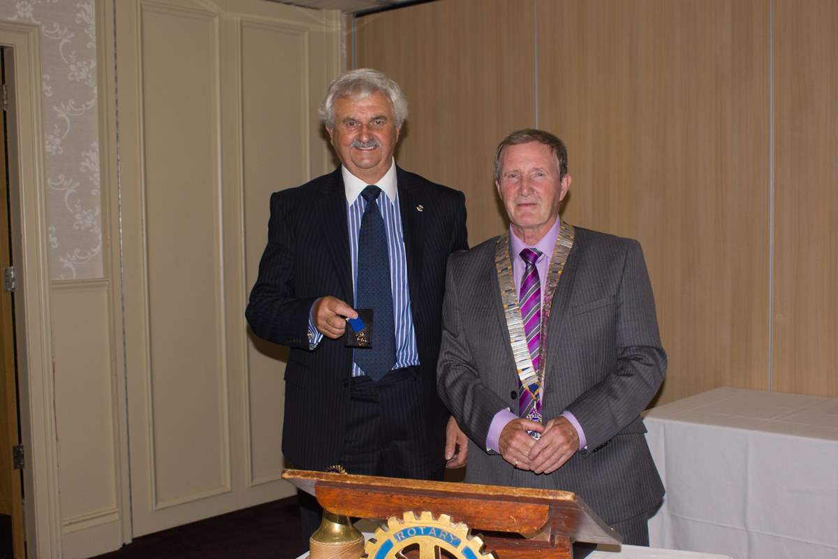 89th Charter Dinner and Handover - Ken Kooi finally gets his Past President's Medal