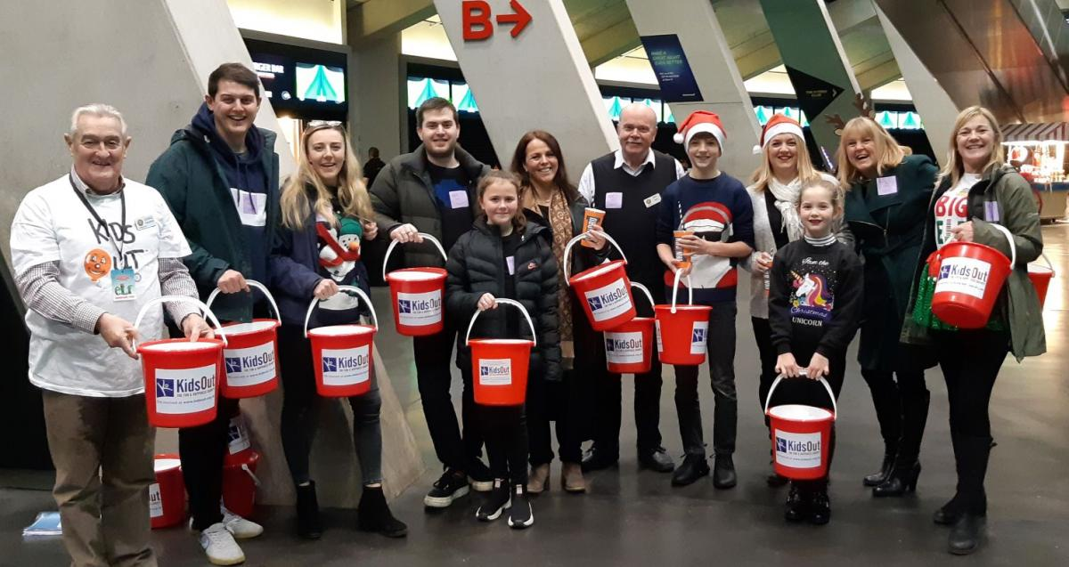 Rotary KidsOut Bucket Collection - George, Pamela and some of the 'volunteers'