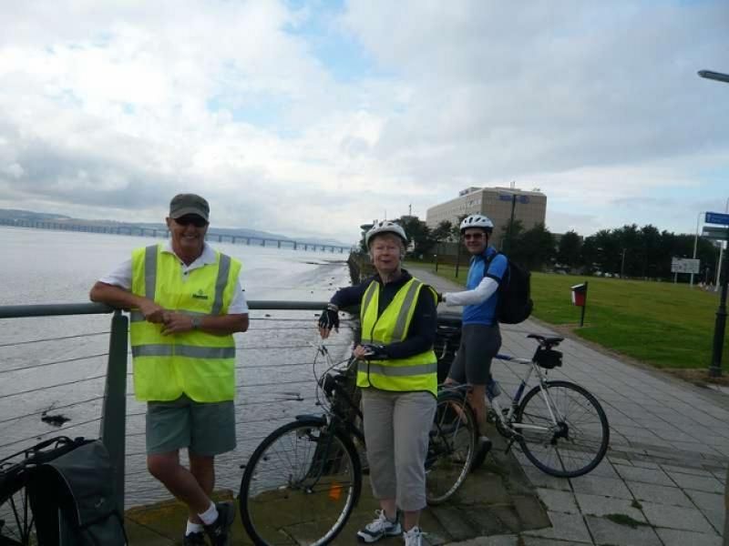 Fellowship Cycle to Carnoustie - L1090114 (640x480)