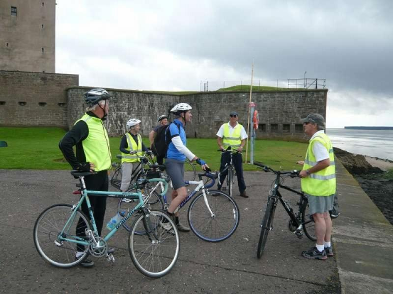 Fellowship Cycle to Carnoustie - L1090123 (640x480)