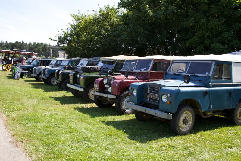 Wheels 2013 - Report and Slide Show - Land Rover Section