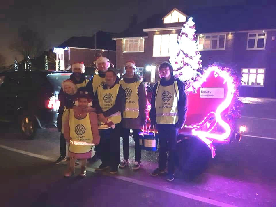 CAROL WAGON 2018. - Liverpool Gar Kung Fu Club helping out Rotary Liverpool South in a street collection.