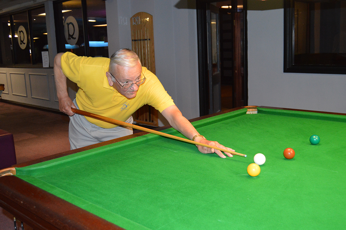 Annual Snooker Match v Abbeydale Rotary Club - Mac lines up.