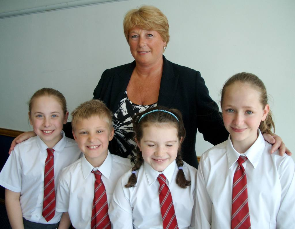 Junior Public Speaking 2008 - Head Teacher Carol Maddrell with Amy, Lewis, Aalish and Emke