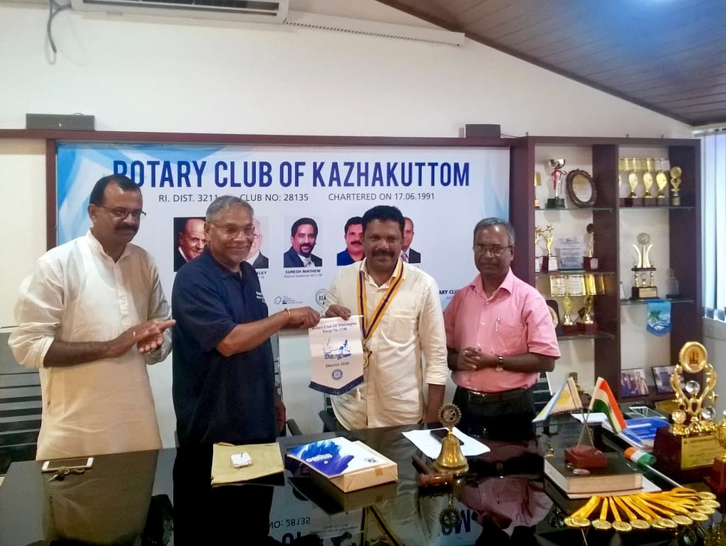 Tour of Kerala, India, 2018 - Meeting of Kazhakurrom Rotary Club