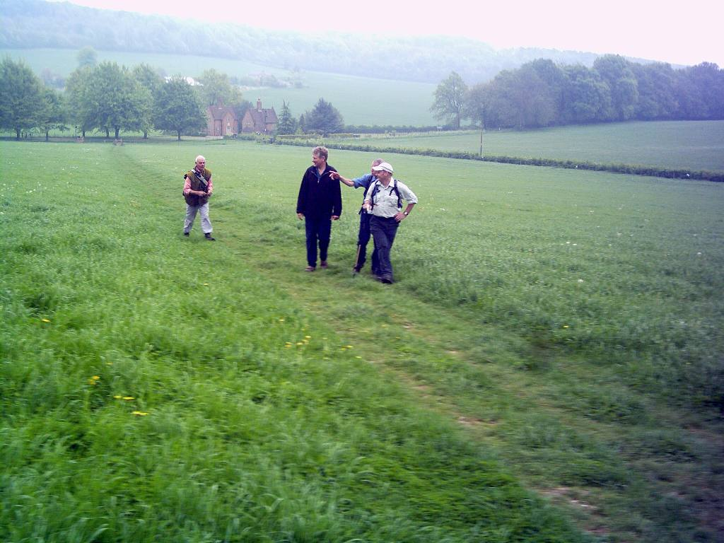 Training 3 peaks Challenge May '06 - Leaving Chequers