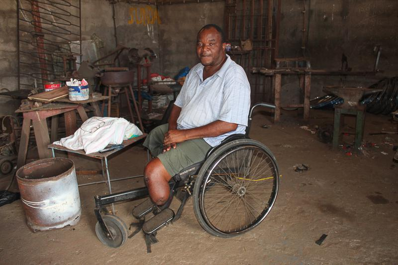 Wheelchairs in Mozambique - the wheelchair maker