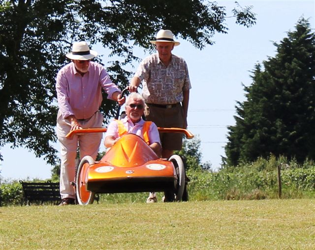 Newent Rotary Soap Box Racer - Starting Test Run