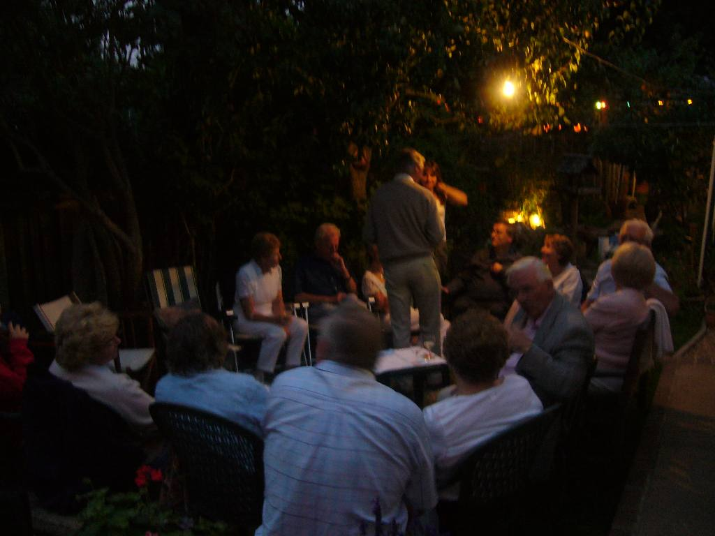 Rodney and Joan's Summer Barbecue - ...until late!