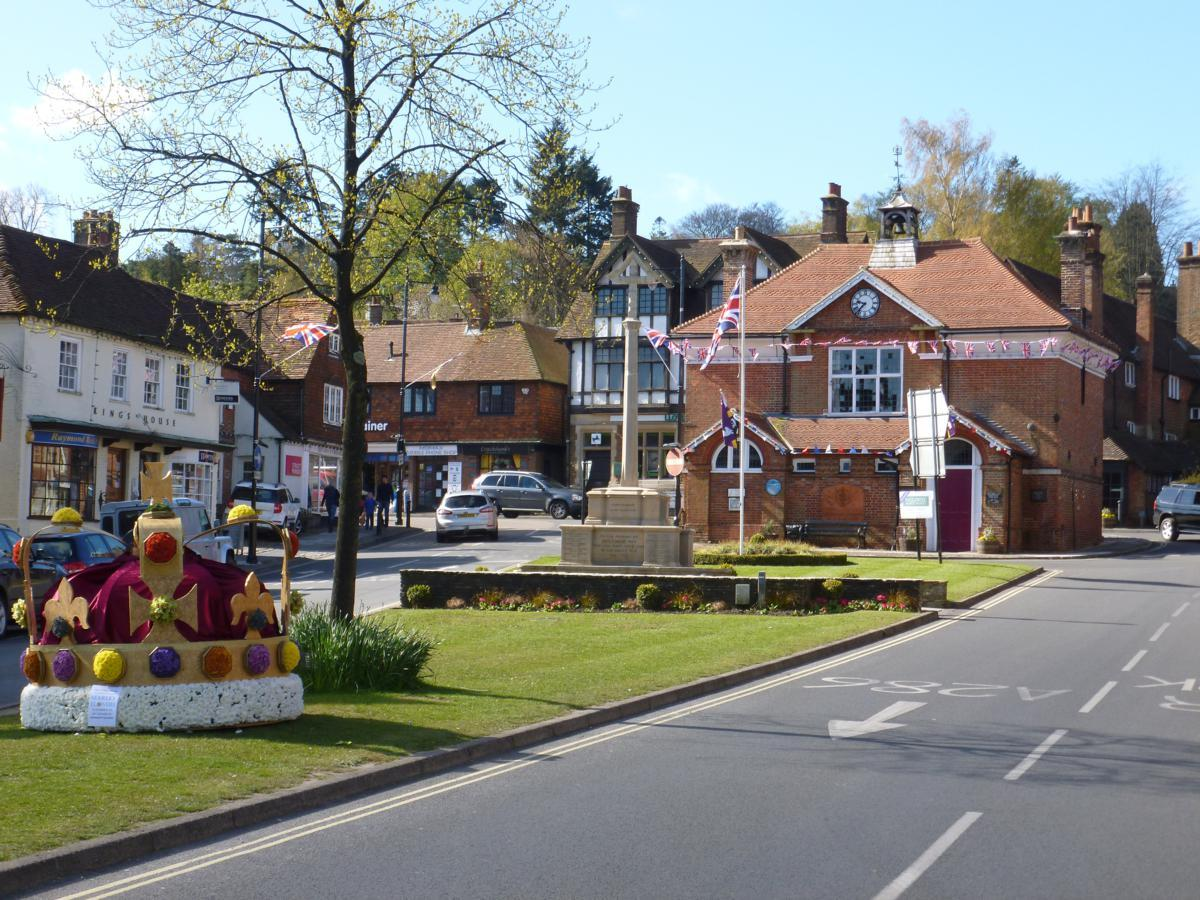 Views of Haslemere Town - Scroll Down to see Santa Destinations - Scroll Down for Santa Sleigh