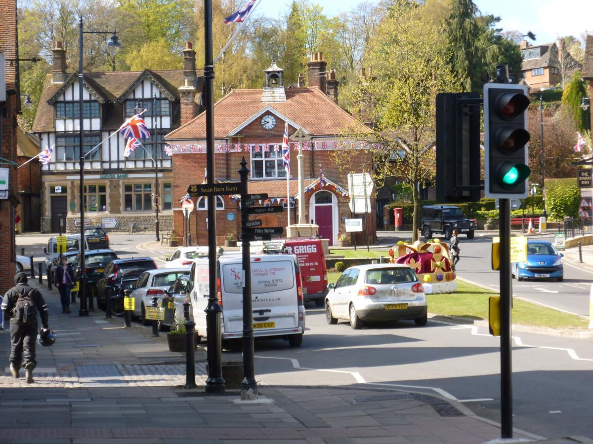 Views of Haslemere Town - Scroll Down to see Santa Destinations -