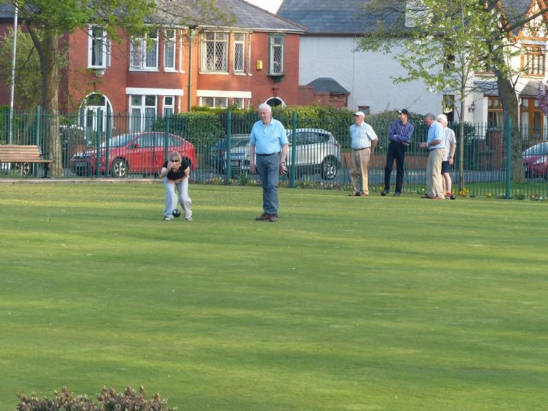 Fun Bowls evening with Widnes Rotary Club at Victoria Park Widnes - Rtn Millie getting her eye in
