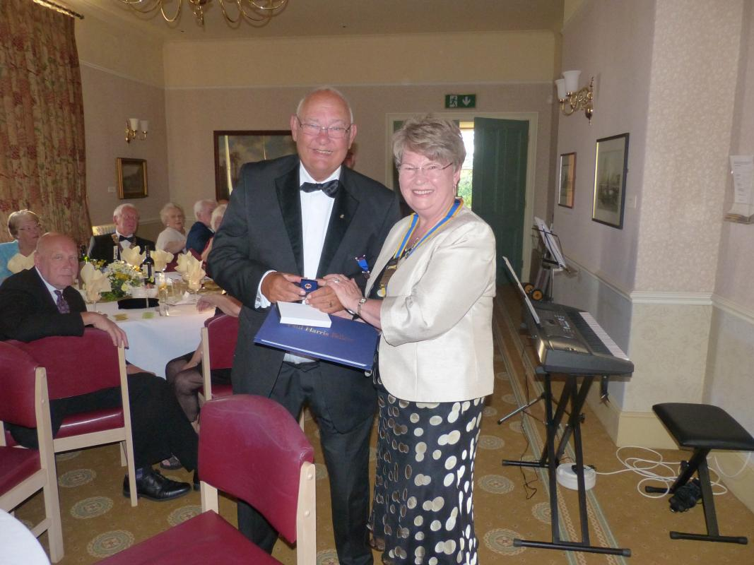 Handover held at Runcorn Town Hall - PHF recipient Rtn Eddie Gregory and President Ros