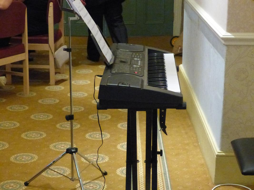 Handover held at Runcorn Town Hall - This electronic organ is being presented to Pettypool