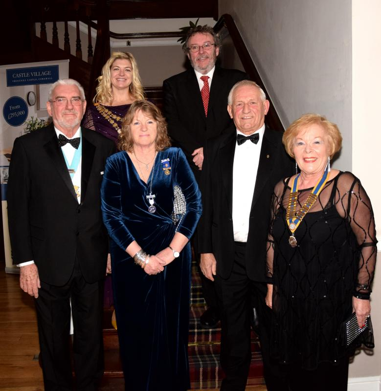President's Night 2017 - Joan and Ernie  with District Governor George and Wife and St Ives Mayor Suzanne and Guest