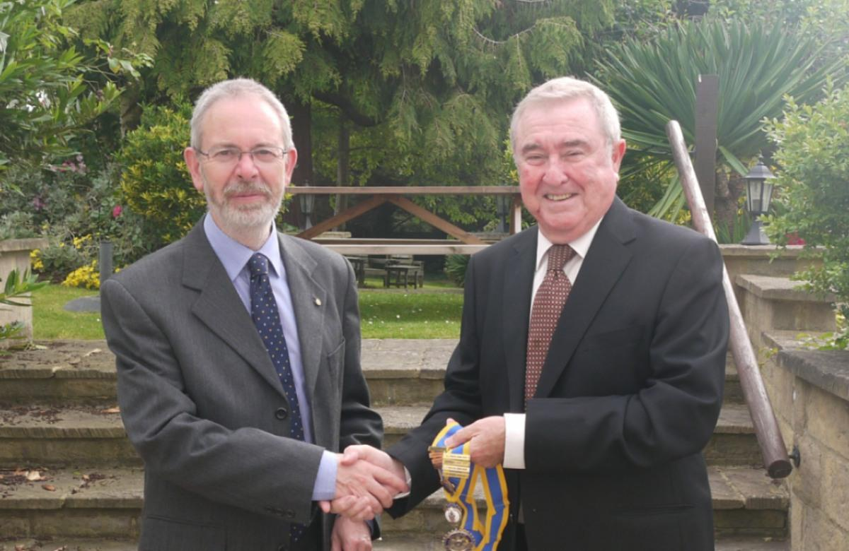 Handover at the Prince of Wales  - Past President Andrew Pinch and Incoming president David Story