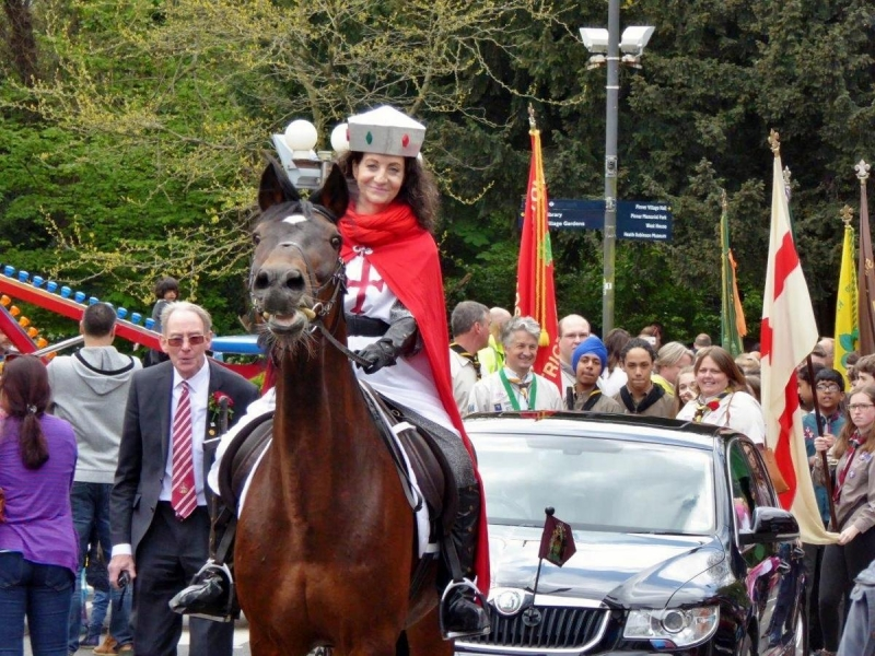 2017 St George's Day Photo Gallery - Led by St George and the Mayor's car