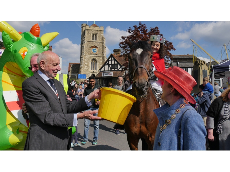 2017 St George's Day Photo Gallery - Well earned refreshment provided by the Royal Society of St George!