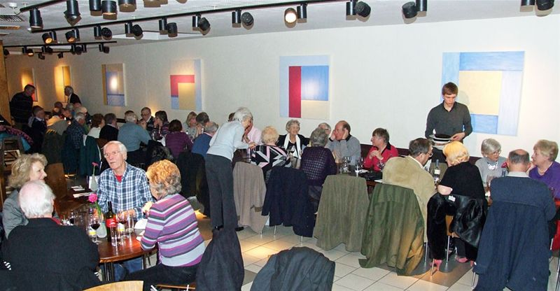 28 February 2011 Members Enjoy A Great Evening At Pizza