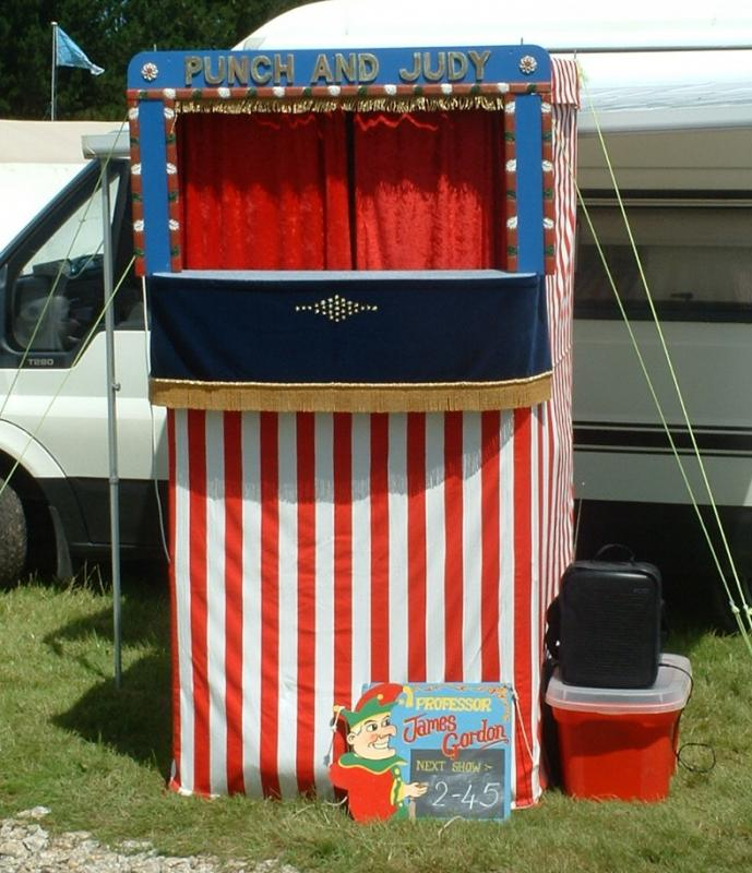 Wheels 2012  Success with Slideshow - Punch and Judy