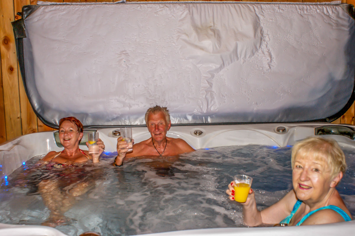 Weekend Away with the President - In the hot tub!