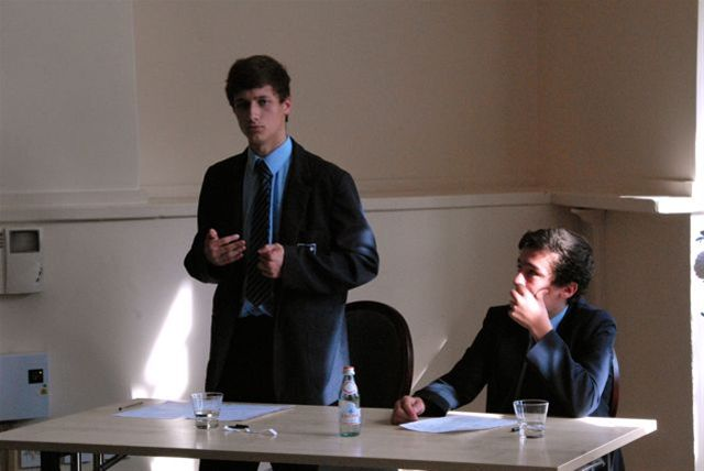 Debating Competition - RD2 0013
