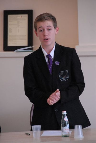 Debating Competition - RD2 0024