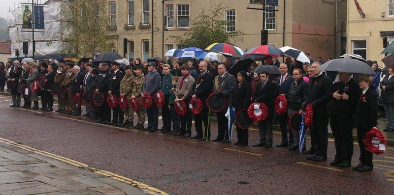 Remembrance Sunday 2015 - Remembrance Day 2015 006 showing public