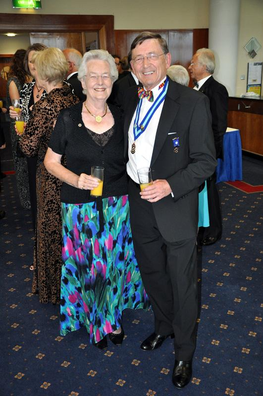 District 1040 Handover June 2012 - Robert and Jill
