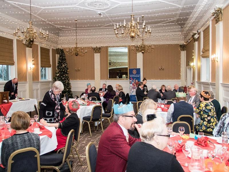 2015 Christmas Lunch - Rotarians were joined by their family and friends for Christmas Lunch