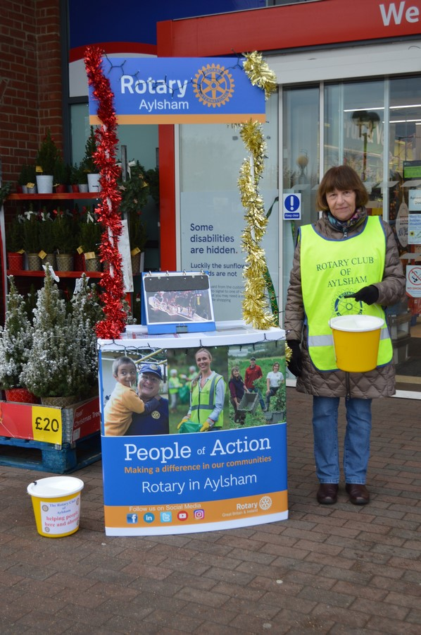 Collecting at Tescos - Rotary 002 (Copy)(7)