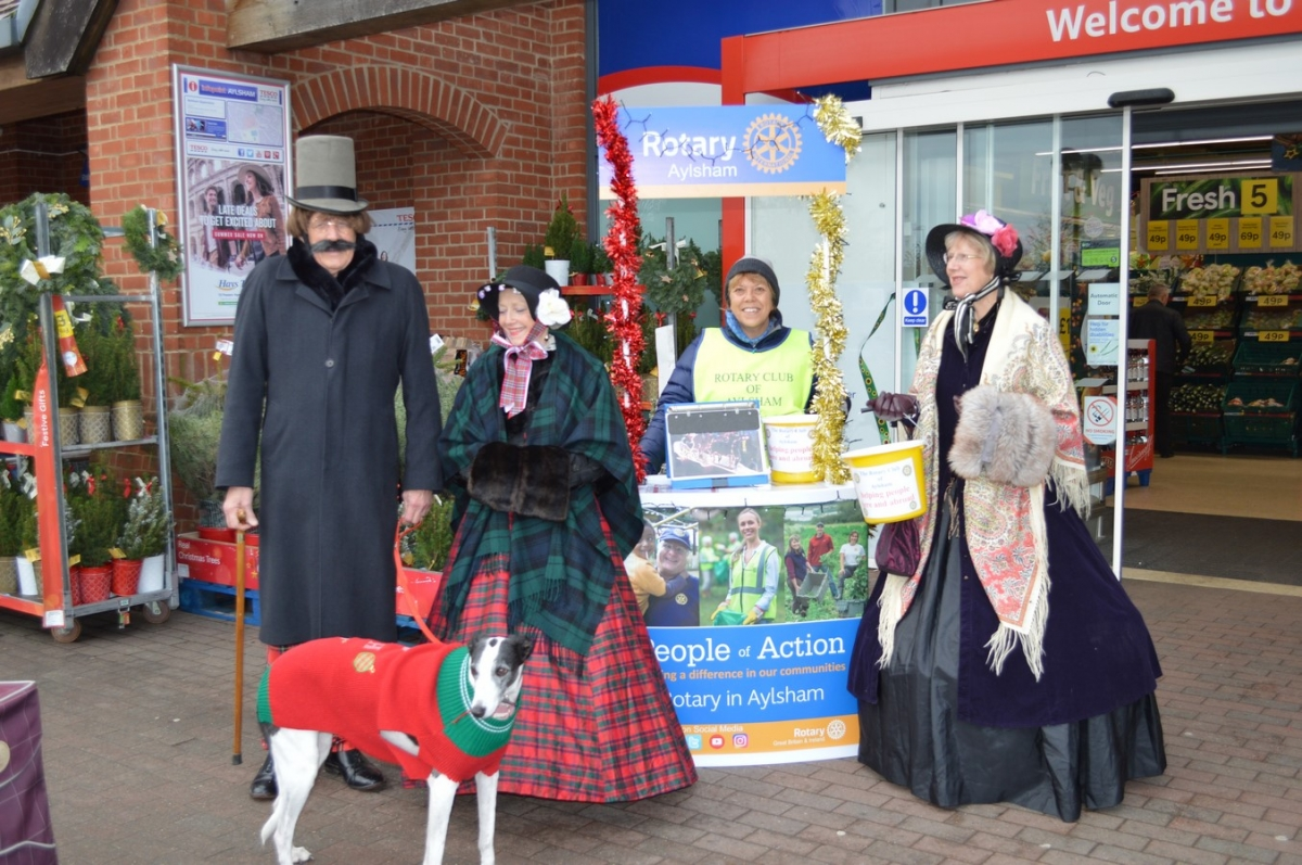 Collecting at Tescos - Rotary 004 (Copy)(4)