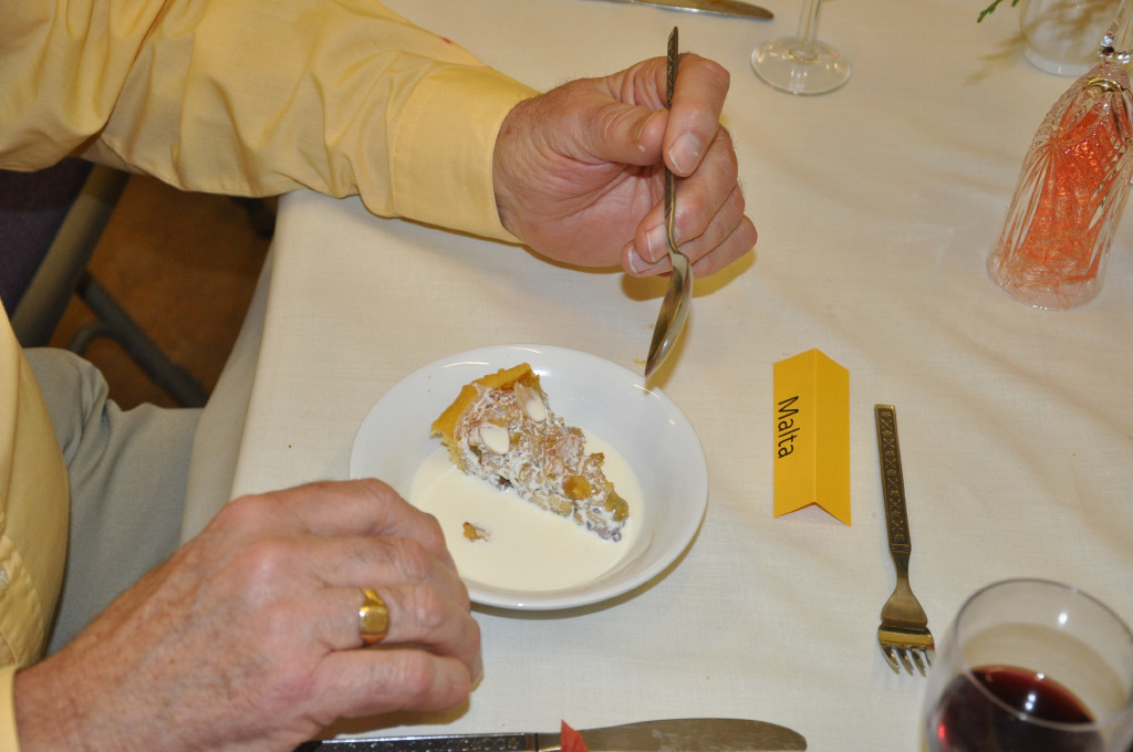 Rotarians can cook ! - That's your second pudding !