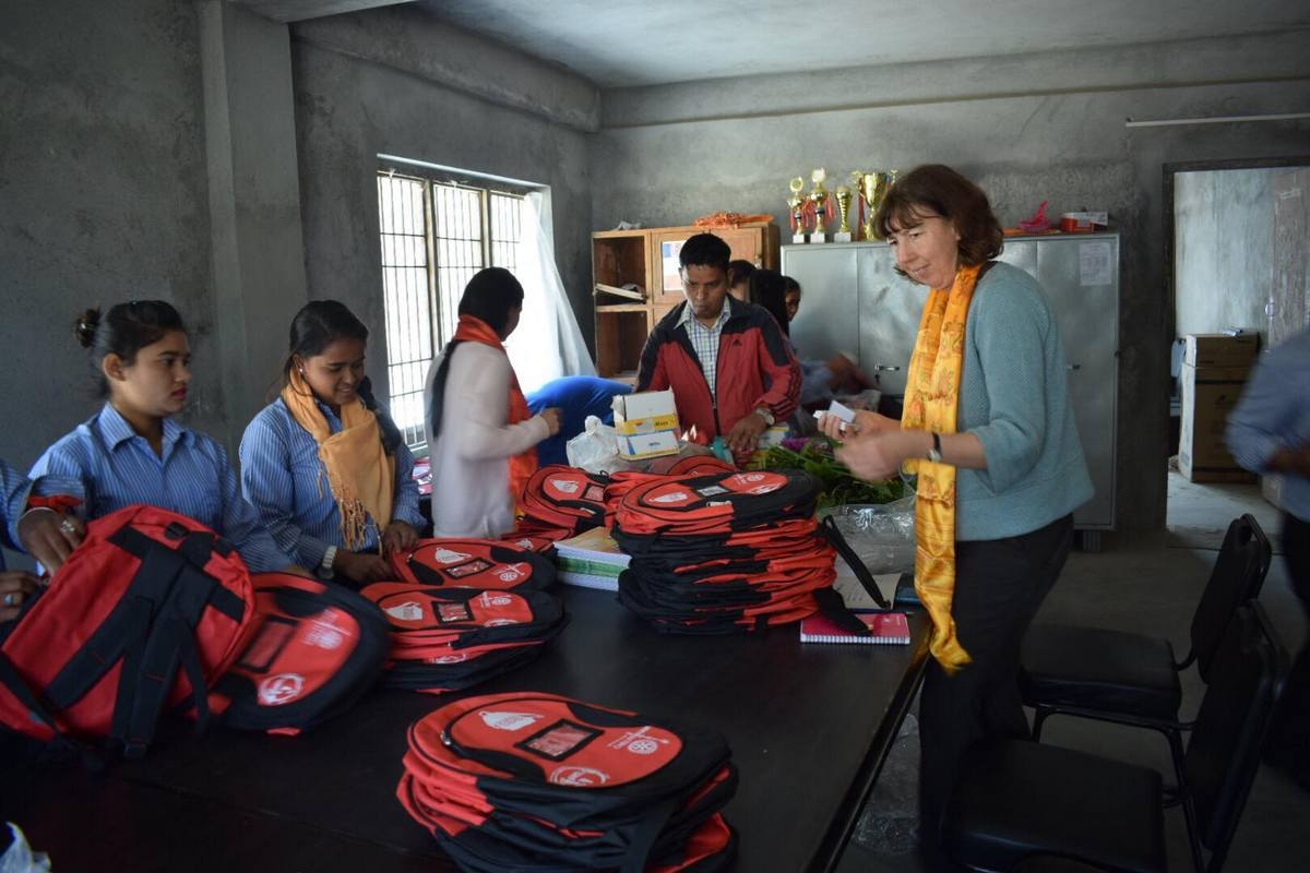 International Support - Rotary School in the Bag (7)