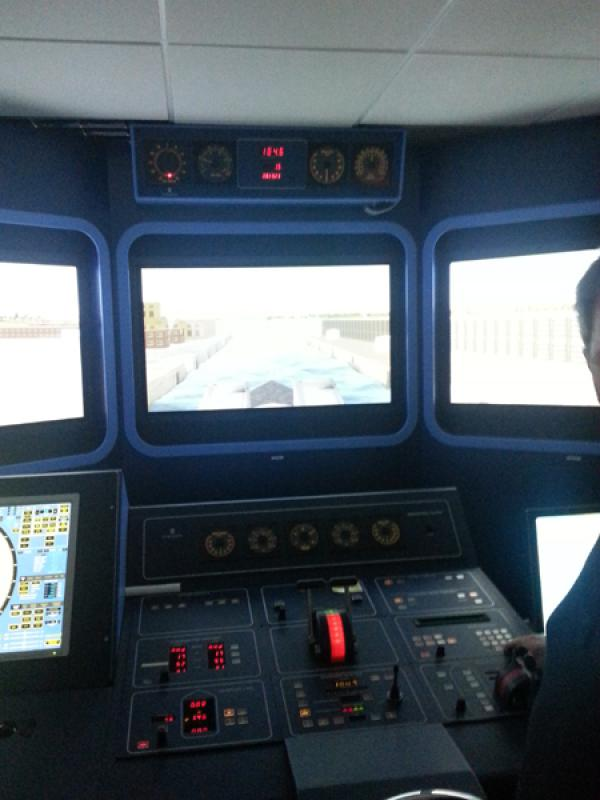 Visit to Lairdside Maritime Simulator - Rotary-Club-at-Southport-Links-Lairdside-4 1