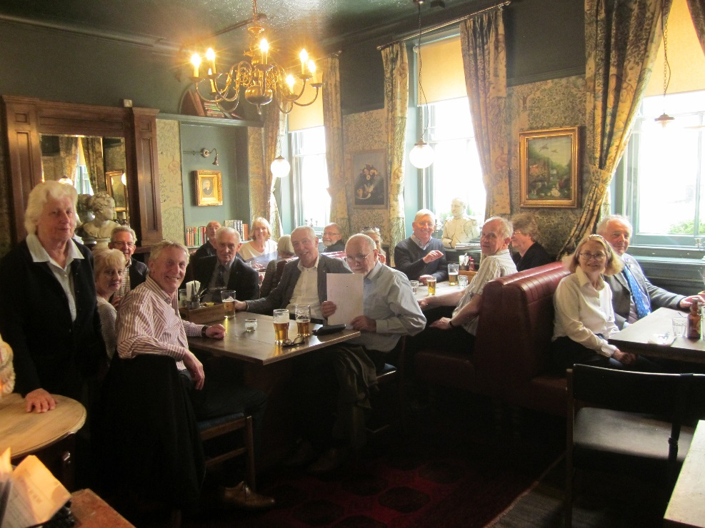 TuT Guided Tour: Royal Opera House - Rotarians at lunch after their tour