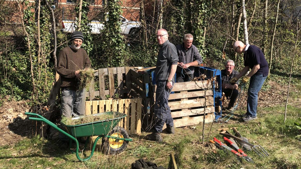 Community Projects - More clearing alongside the canal