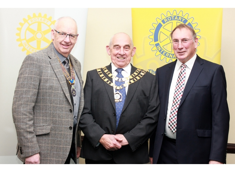Swindon Young Musician of the Year 2017 - Rotary Club President David Collett, the Mayor of Swindon Cllr Eric Shaw and Rotarian Alan Fletcher